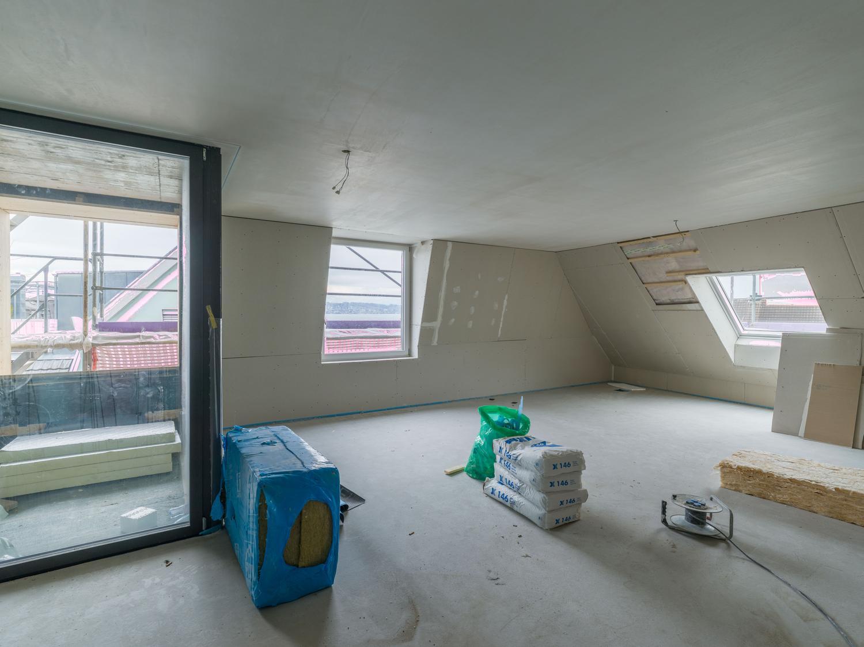 Erstvermietung: Attika-Wohnung mit Seesicht