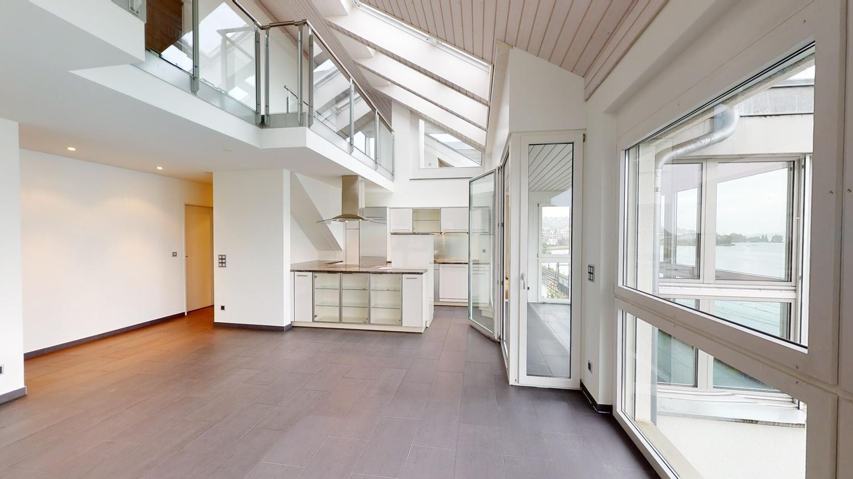 Miete: helle Maisonette-Wohnung mit Seesicht