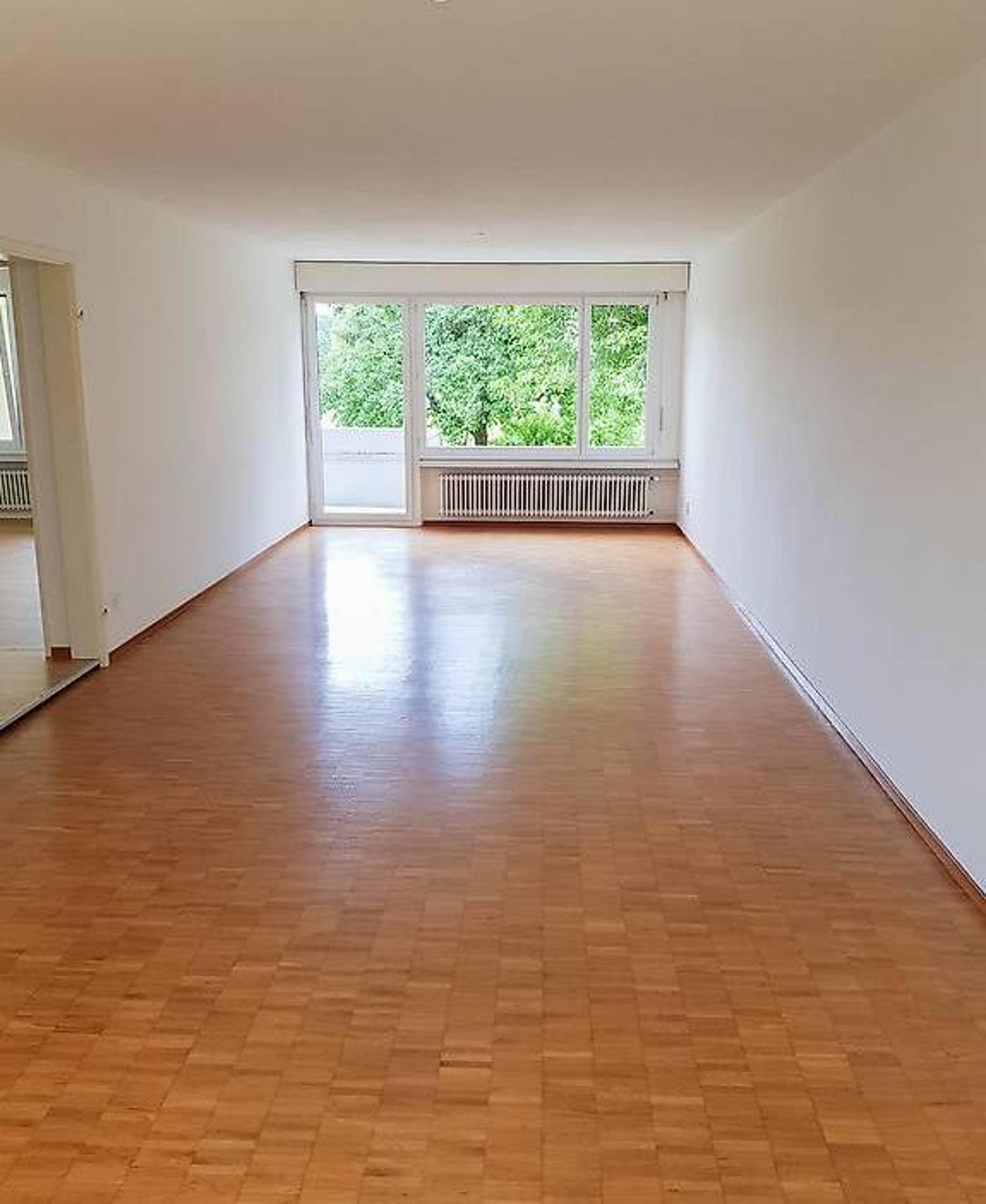 Attraktive Helle 2 5 Zimmer Wohnung Ab 15 08 2020 Zurich