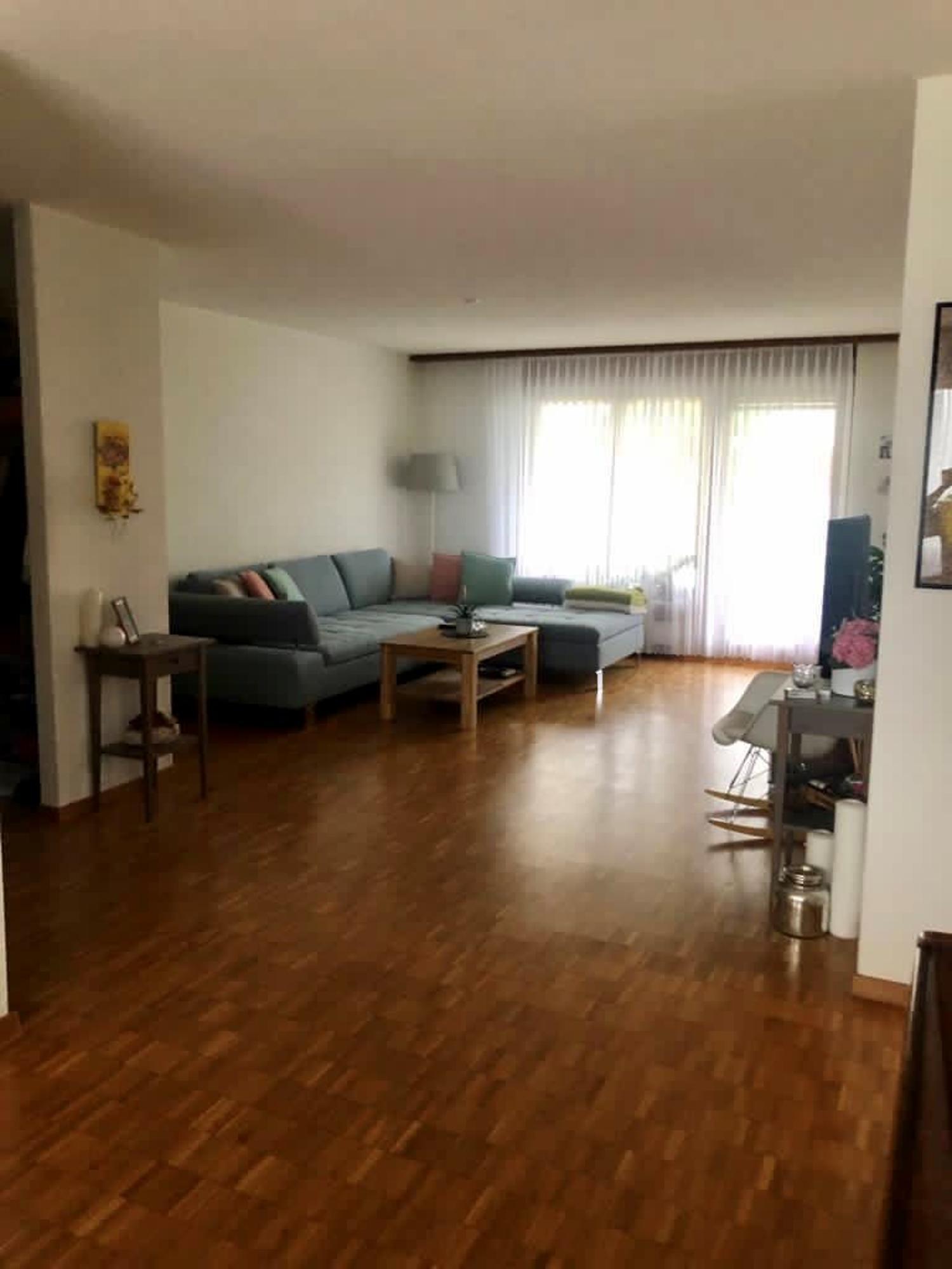Geräumige Wohnung in gepflegtem Mehrfamilienhaus
