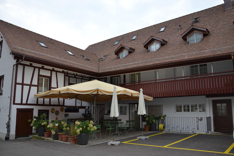 8182 Hochfelden