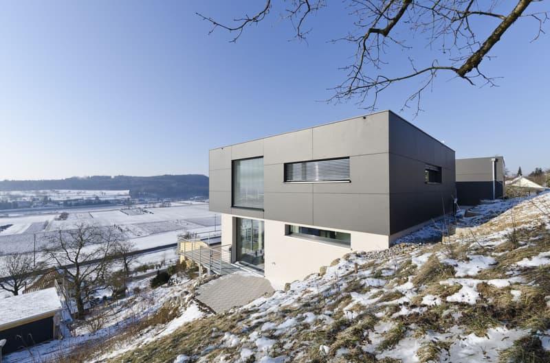6.5 Zi.-Einfamilienhaus mit Weitsicht in Thayngen