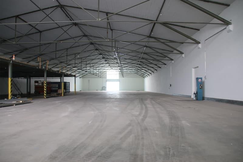Lagerhalle/Lagerfläche mit unbeschränkter Bodenbelastung zu vermieten