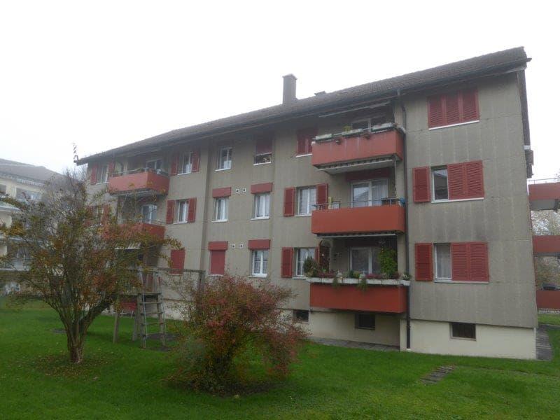 Wunderschöne renovierte 4-Zimmerwohnung zu vermieten