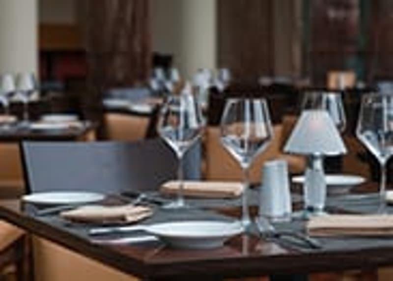 Proche Sierre : Café restaurant de village