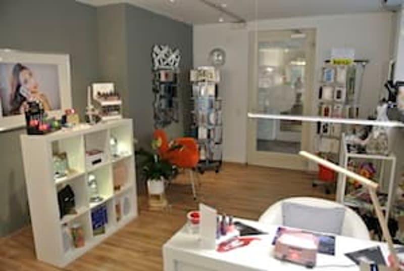 Genève - Carouge : Charmante Boutique à vendre.