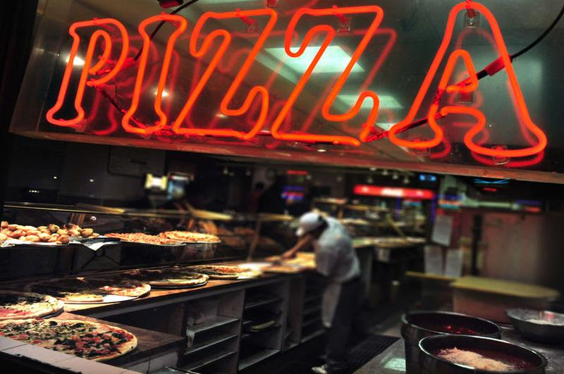 Neuchâtel Est : Petit Restaurant Pizzeria à Vendre