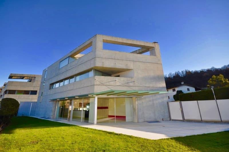 Moderna Villa con Finiture Eleganti e Ricercate in vendita a Gentilino