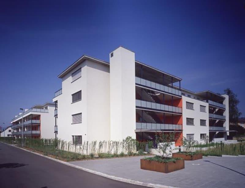 Ihr persönlicher Motorradparkplatz in Bülach West steht für Sie bereit!