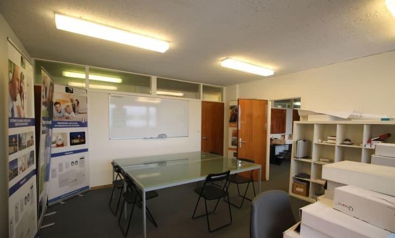 Atelier / Bureau de 91 m2 en zone artisanale PAV