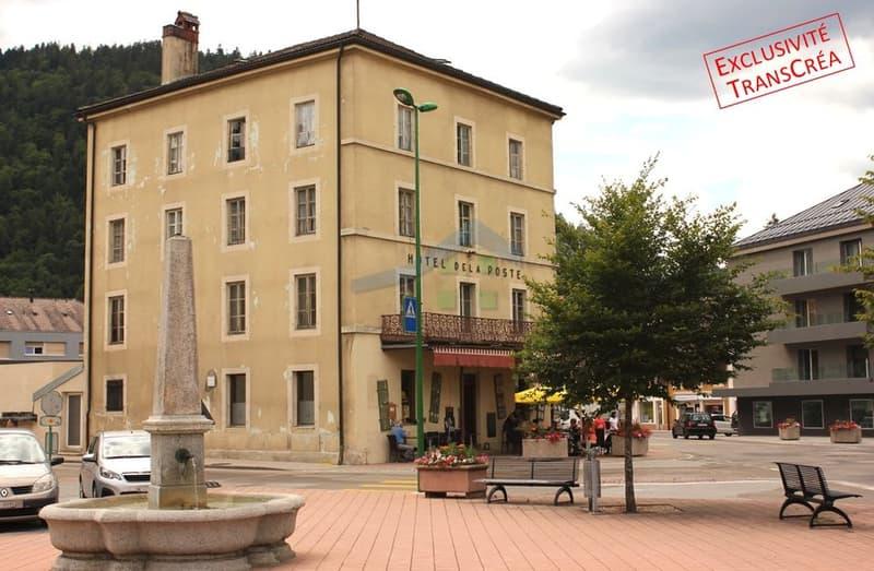 Immeuble à rénover avec restaurant au rez Au centre de Fleurier