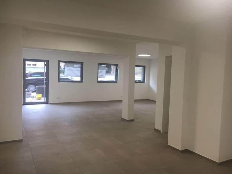 Neu erstellte voll ausgebaute  Büro/Praxisräume 64m2 mit integriertem Lagerraum 42m2