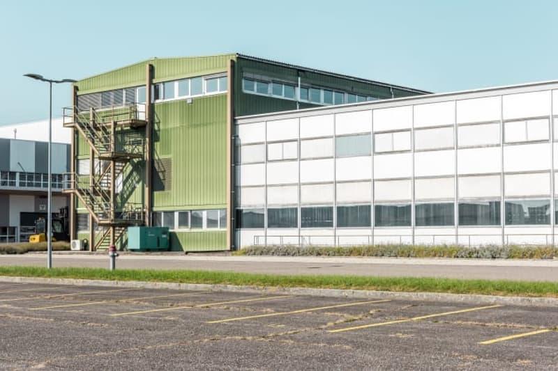 433 m2 Lager- / Gewerbefläche im Industriepark-Kleindöttingen