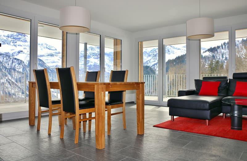 Modernes und helles Ess - Wohnzimmer