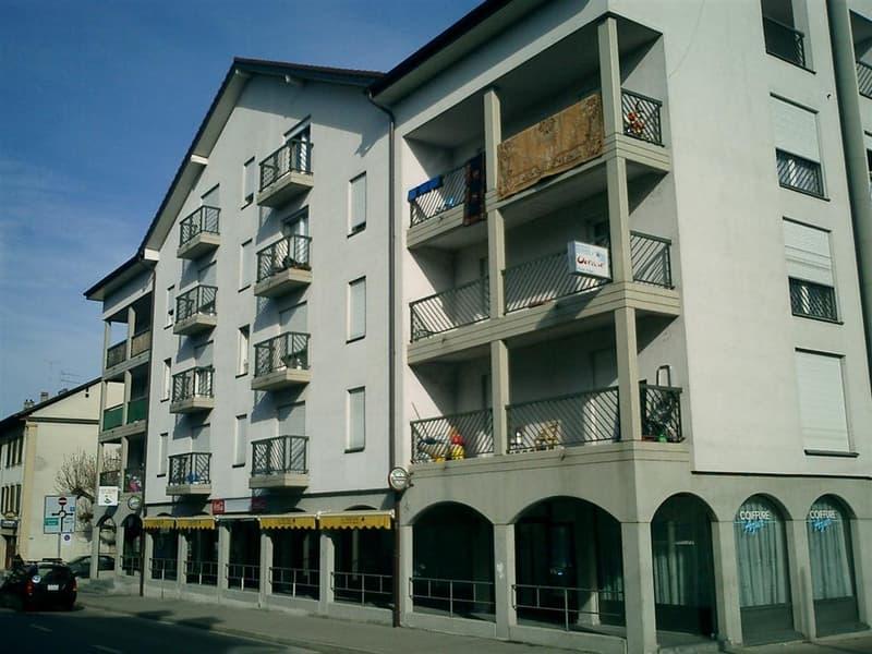 Beau logement de 2 pièces au 4ème étage