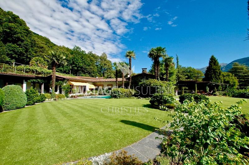 Mediterrrane Bungalow-Villa in Arcegno mit Blick auf den Lago Maggiore