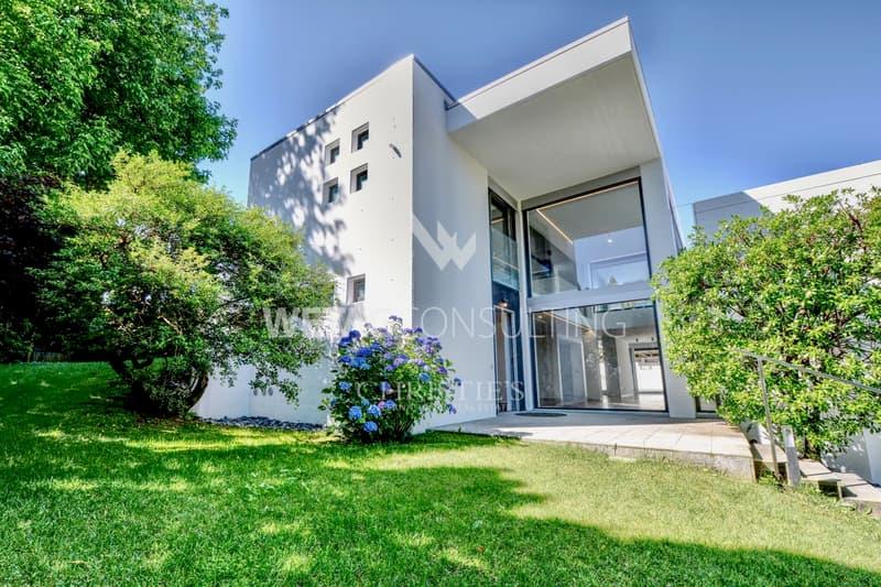 Moderne Villa in der Nähe von Lugano