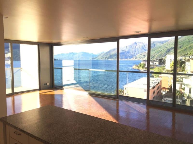 Affittasi appartamento  4.5 locali con stupenda vista sul lago Maggiore