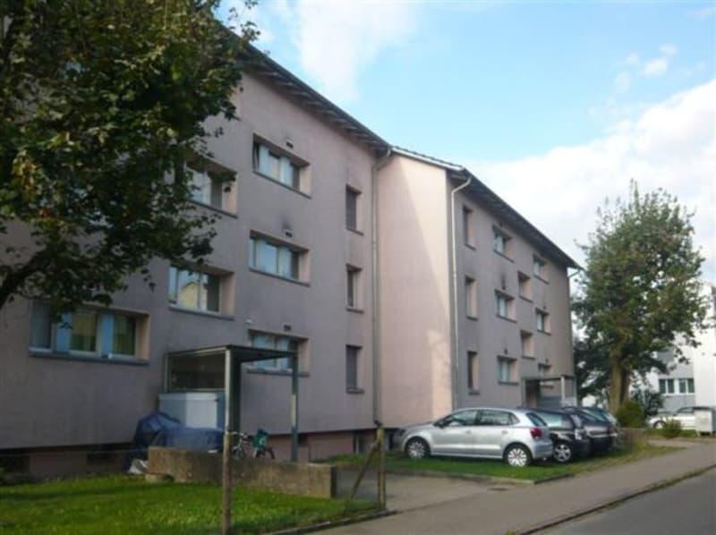Charmante Wohnung mit grossem Balkon (2)