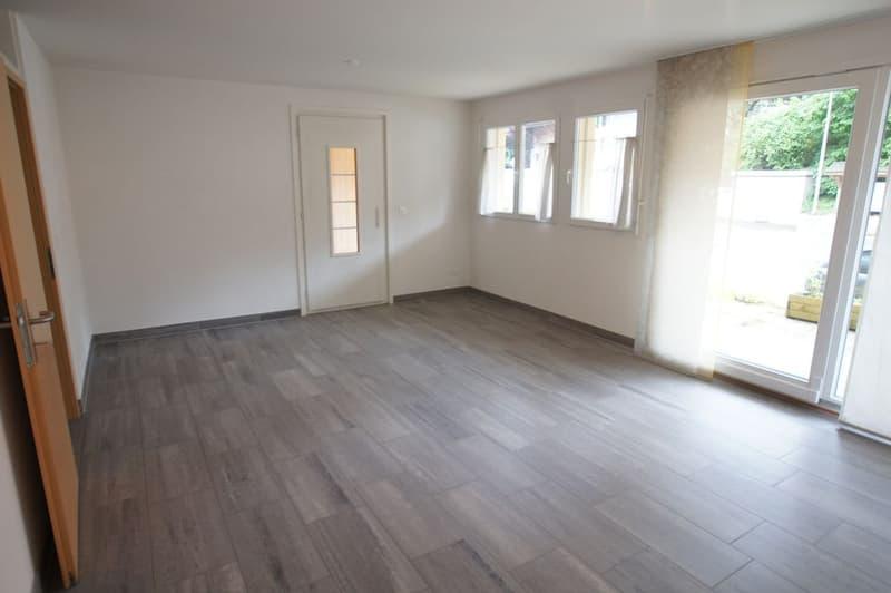 Appartement 2.5 pces avec terrasse au rez-de-chaussée à Chabrey / VD