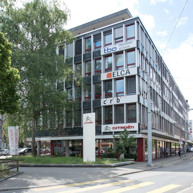 Schmiede Wiedikon - helle ausgebaute Büroflächen mit Parkplätzen.
