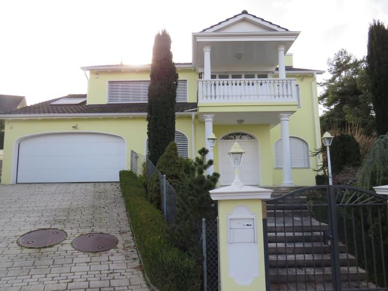 Aussergewöhnliches Einfamilienhaus an bevorzugter Wohnlage