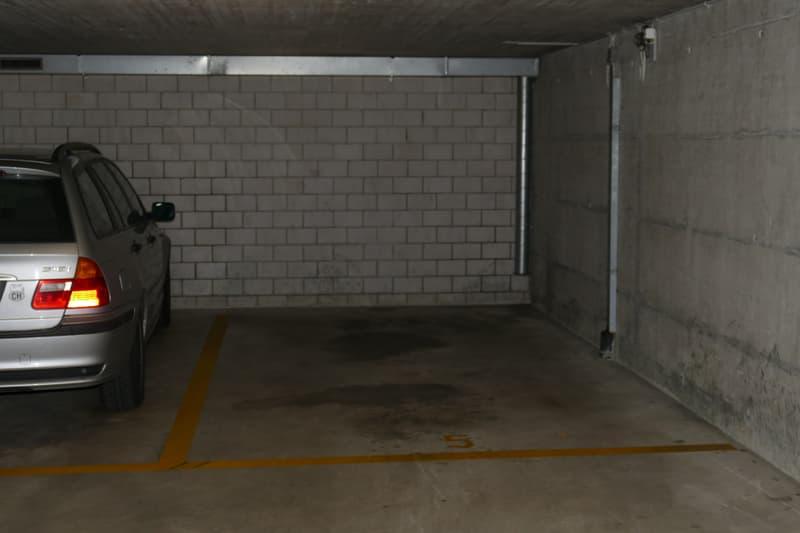 Platz Nr. 5 / in Kürze wird ein weiterer Einstellplatz frei.