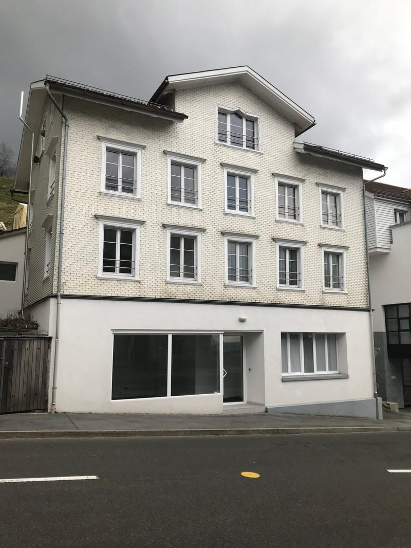 Neu renovierter, heller Laden oder Büro im Zentrum von Walzenhausen