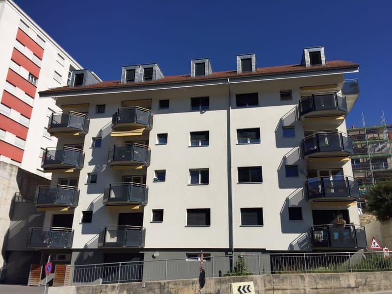 1ER LOYER OFFERT  Magnifiques appartements de 3,5 pièces au 2ème et aux combles, avec un balcon et vue dégagée.  Loyer dès CHF 1'190 .- + charges et frais accessoires