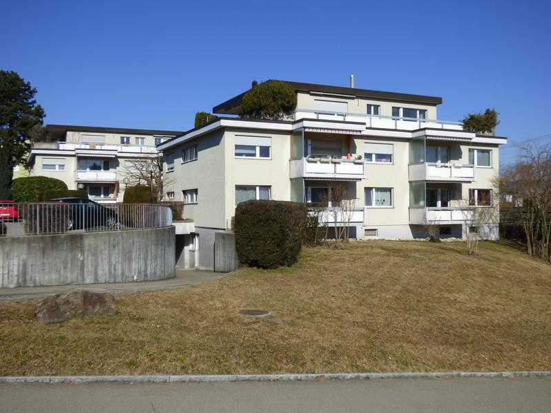 Aussenparkplatz nähe Zürichsee gesucht? (3)