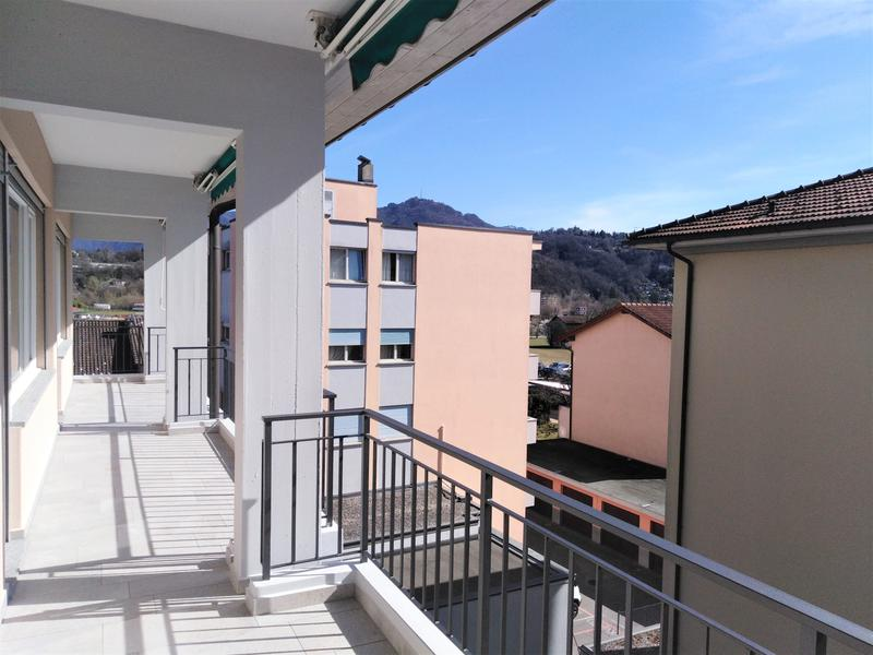 terrazza del quarto piano, ma uguale agli altri piani
