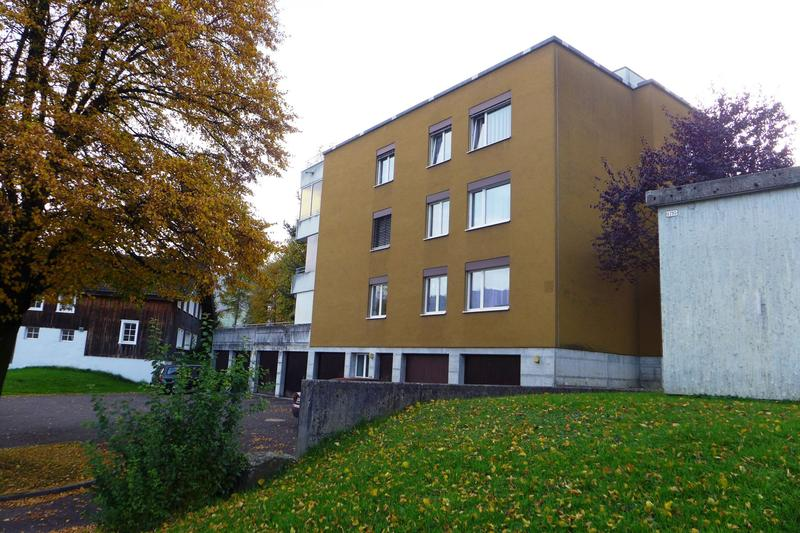 attraktive 3.5 Zimmer Wohnung an ruhiger Wohnlage