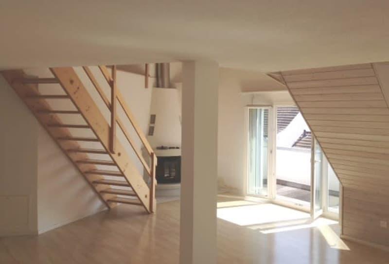 Schöne und helle 5.5-Zimmer-Maisonette-Wohnung mit Cheminèe zu vermieten