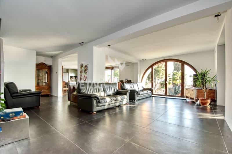 Villa in Ruvigliana mit atemberaubender Sicht auf den Luganersee