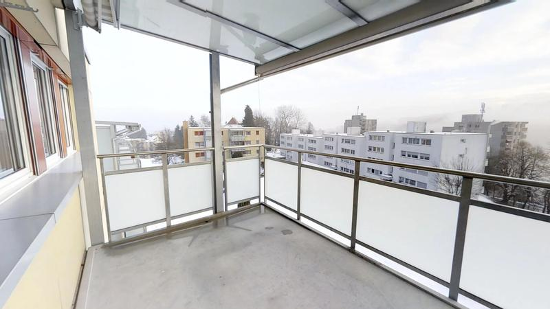 Wohnen an ruhiger Lage mit grossem Balkon (4)