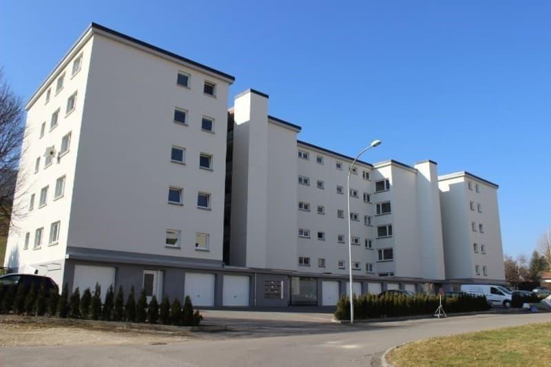 1 loyer OFFERT: Appartement rénové à 2.5 pièces
