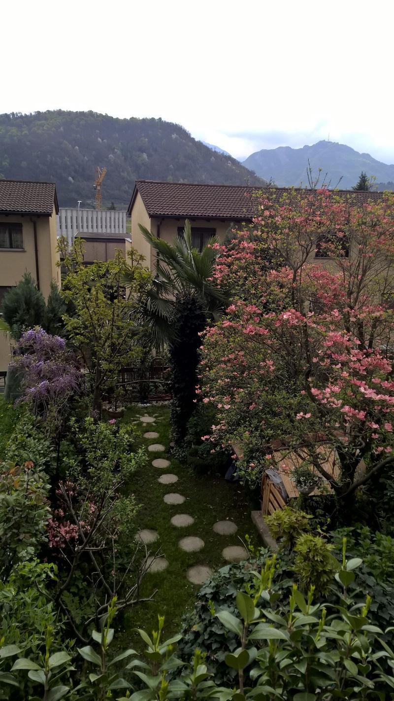 Agno-Serocca, vendesi casa unifamiliare con giardino