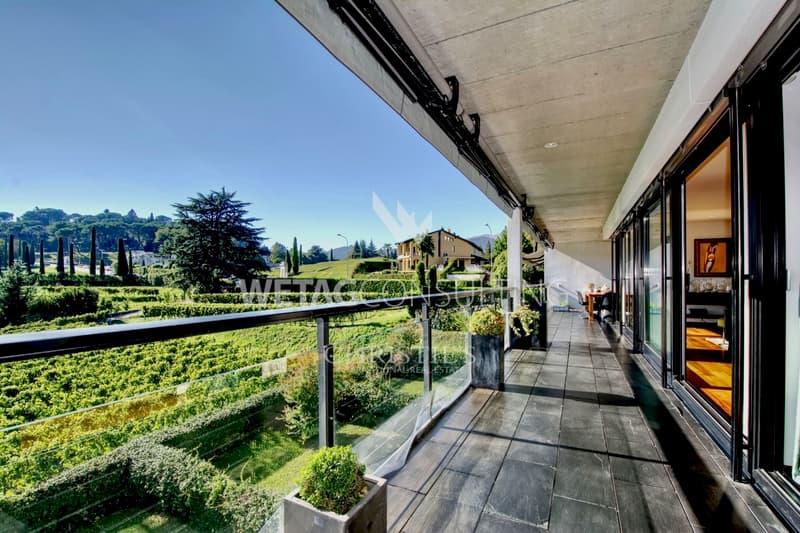 Moderne Penthouse-Wohnung nahe Lugano mit herrlichem Panoramablick