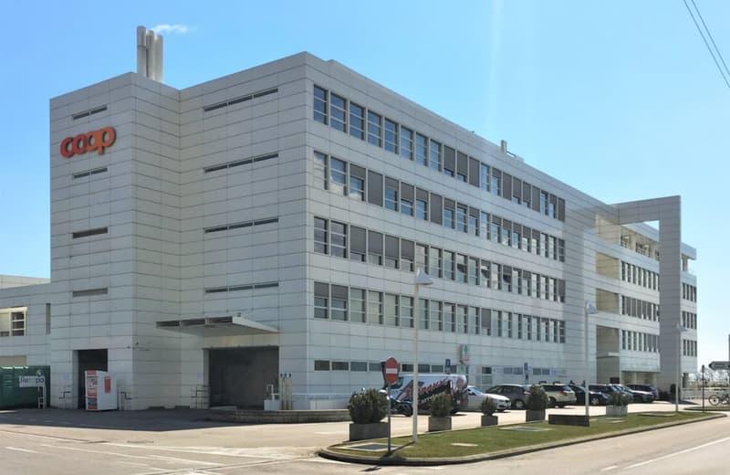 Bureaux, locaux de 213 m2 à louer à Nyon Signy