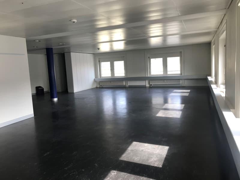 geräumige Büroflächen zu vermieten