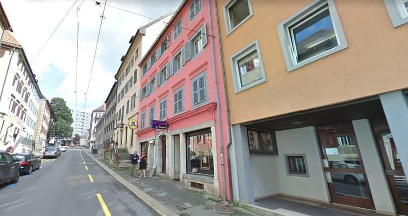 Immeuble mixte entièrement loué au centre ville.
