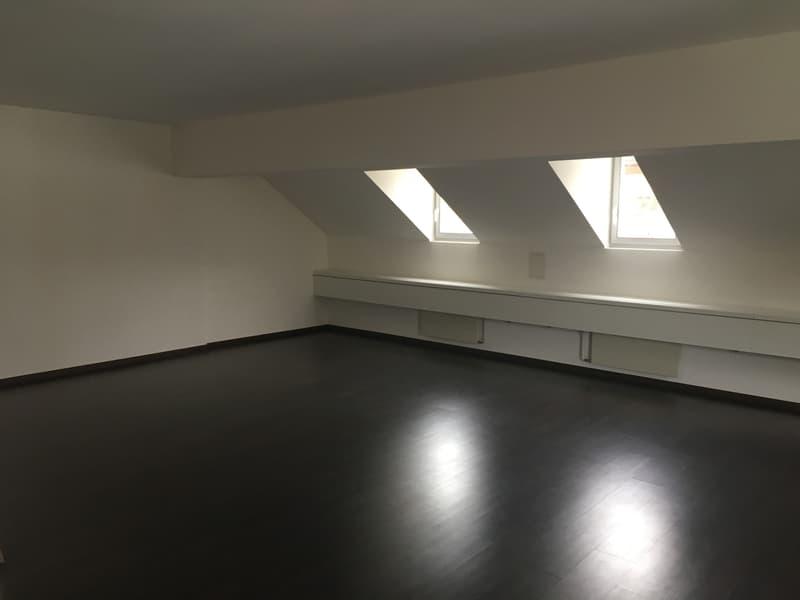 Büro oder Praxisraum zu vermieten in Geschäftsliegenschaft im Zentrum von Balsthal