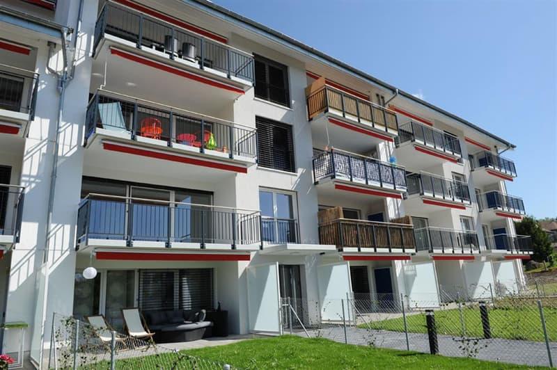 Baisse de prix pour ce superbe 4.5 Pièces avec grand balcon terrasse.