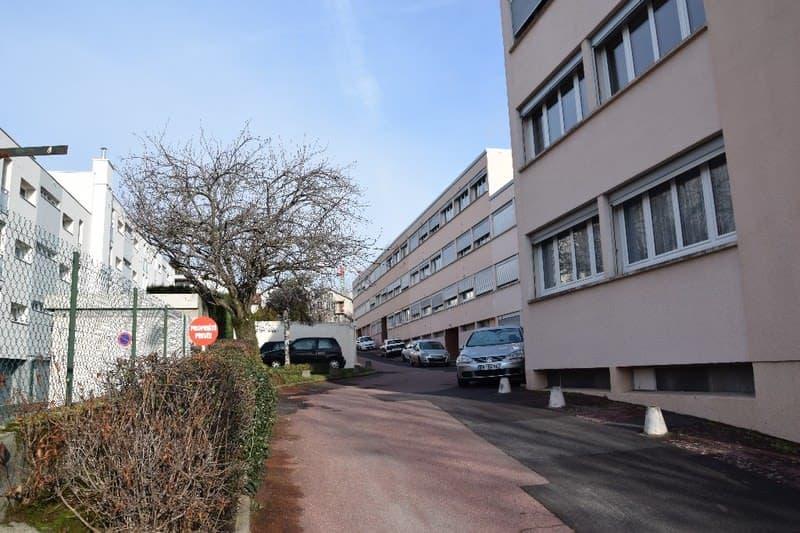 Dpt Puy de Dôme (63), à vendre CLERMONT FERRAND appartement T2