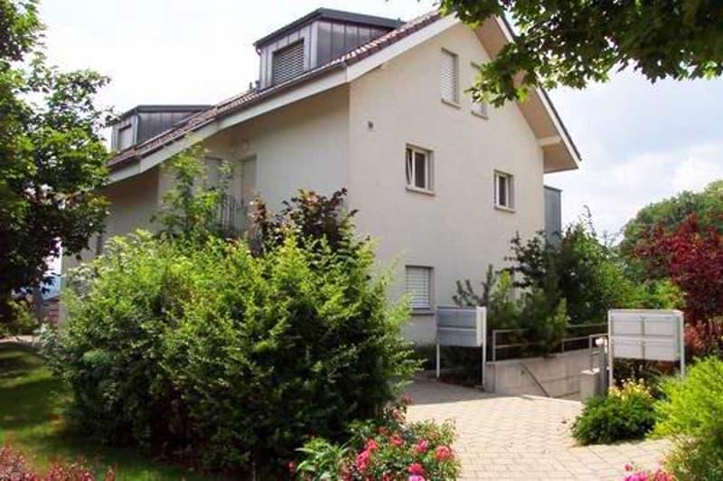 Helle 4-Zimmer-Maisonette-Wohnung mit Balkon
