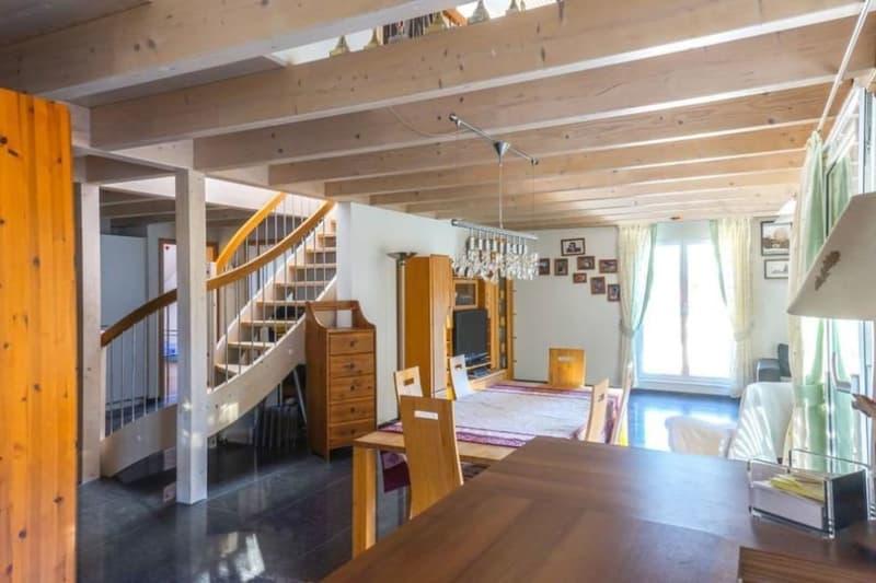 5.5-Zimmer-Maisonette-Whg. mit 180 m2 Wohnfläche, 3 Nasszellen, Garage (4)