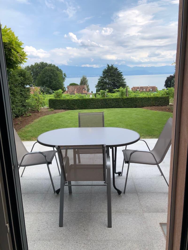 A sous-louer charmant Appartement-Duplex de 4 ½ pièces avec jardin et magnifique vue sur le Lac