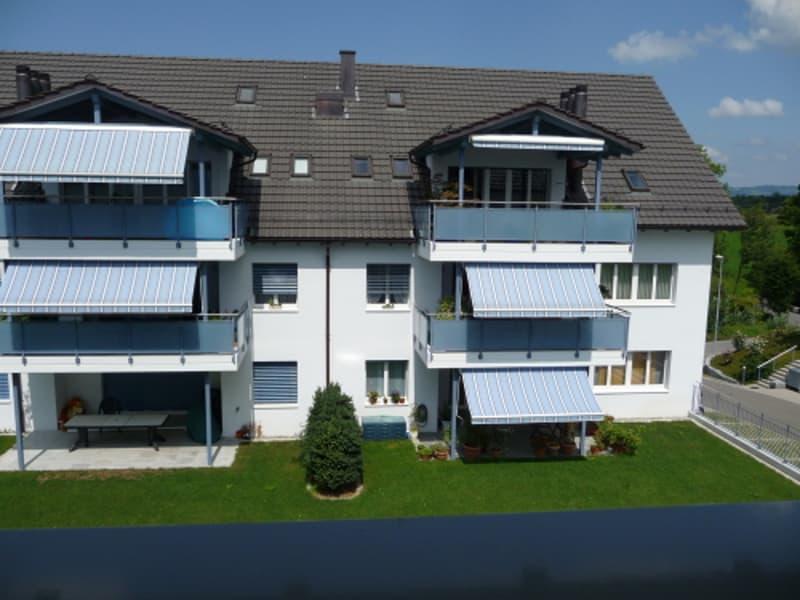 Attraktive 4,5-Zi Maisonette Wohnung in ländlicher Lage.