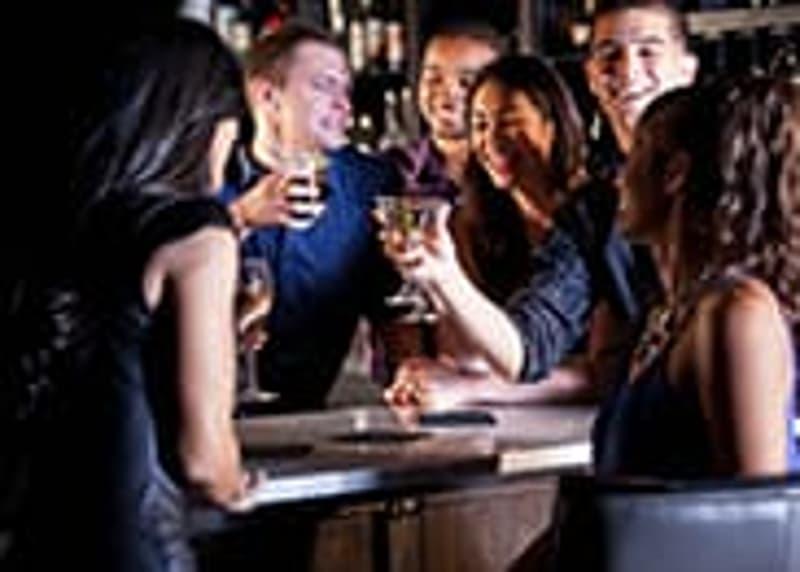 Neuchâtel : Magnifique Pub Bar Café à Remettre