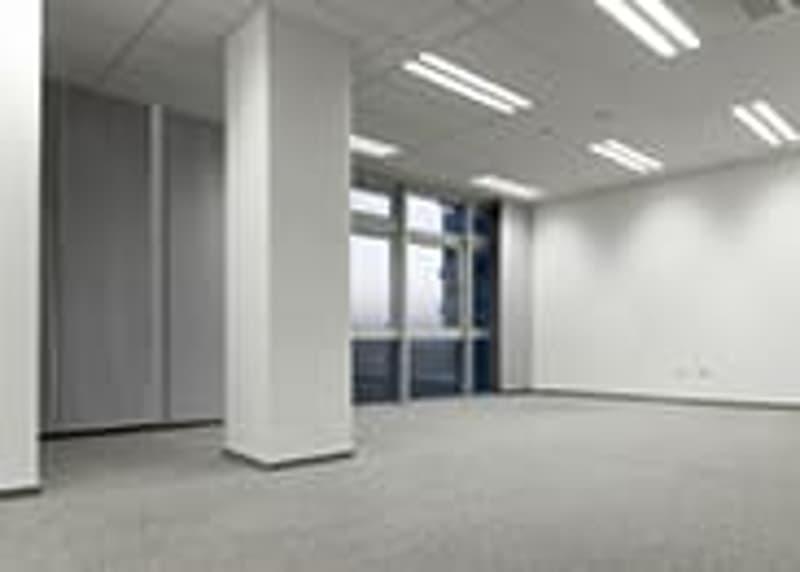 BIEL / BIENNE : SCHÖNE GESCHÄFTSRÄUME (500 m2) ZU VERKAUFEN